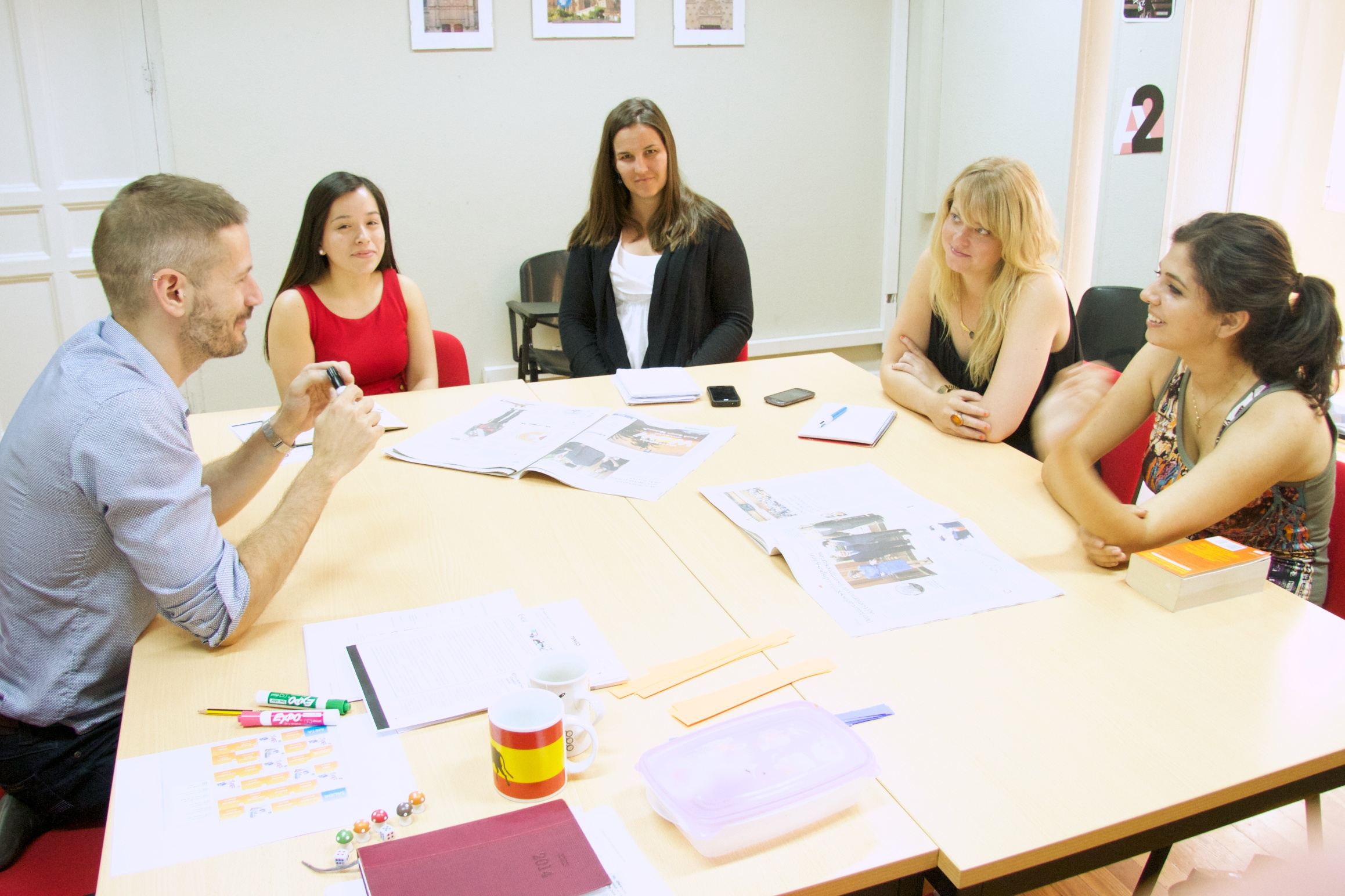 I'm already TEFL certified and want to teach in Madrid… BUT HOW?