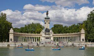 Parque Retiro TEFL abroad