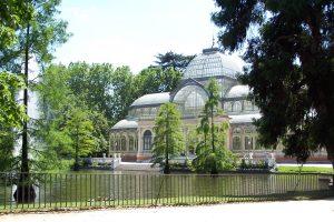 ide to parks in madrid Retiro palacio de cristal