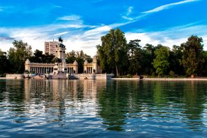 Retiro 5 tantalizing reasons to move to Madrid
