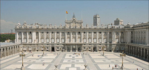 Downtown Neighborhoods in Madrid to live Palacio Real 2
